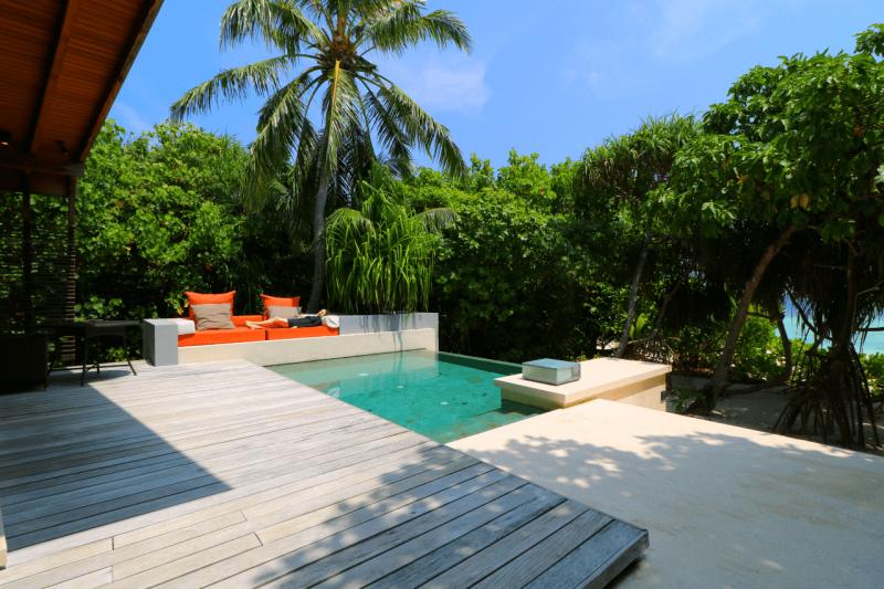 park pool villa review at park hyatt maldives romantic