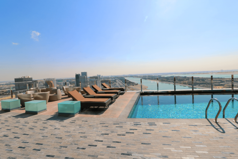 Abu dhabi s hyatt capital gate hotel executive suite review luxury for only 75 plus points for Swimming pool offers in abu dhabi